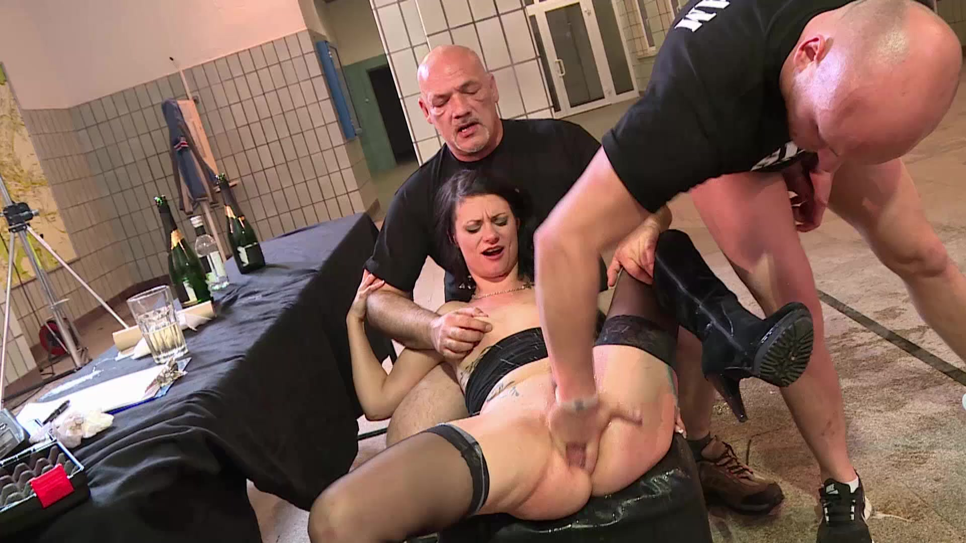Cassy Young Pervers